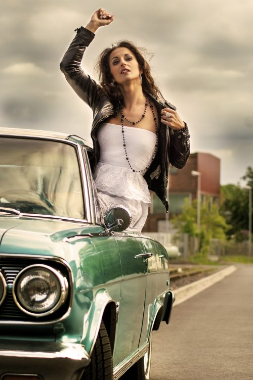 portrait-beauty-martin-lorentz-pfotography-fashion-sensual-shooting-retro-car-vintage