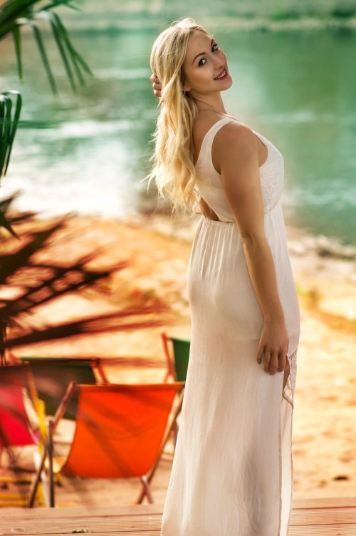 portrait-beauty-martin-lorentz-pfotography-fashion-sensual-shooting-summer-beach